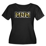 Golden Mom Name Gold Letters Women's Plus Size Sco